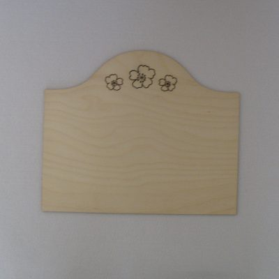 Plain Unfinished Wood Plaque Sign Three Flower Heads UK